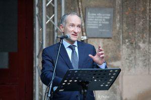 Sr. Antonio-Olivié, director del documental y CEO de Rome Reports