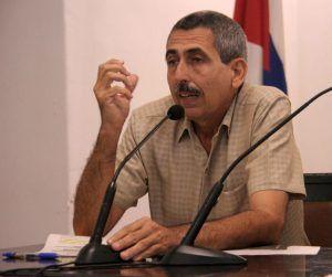 MCs. Mario Rivero Errico en el debate del proyecto de la nueva Constitución de la República, en el aula magana del Centro Cultural Padre Félix Varela