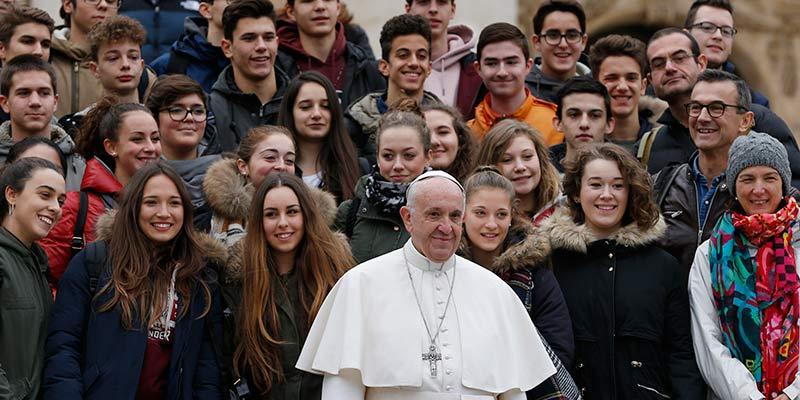 Papa Francisco en el Sínodo de los jóvenes