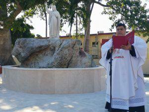 El Padre Elixander Torres Pérez, rector del Santuario, en sus palabras de bienvenida