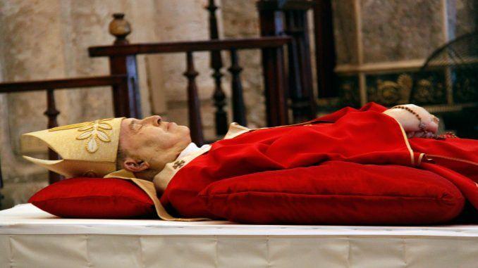 Misa de cuerpo presente del cardenal Jaime Ortega Alamino