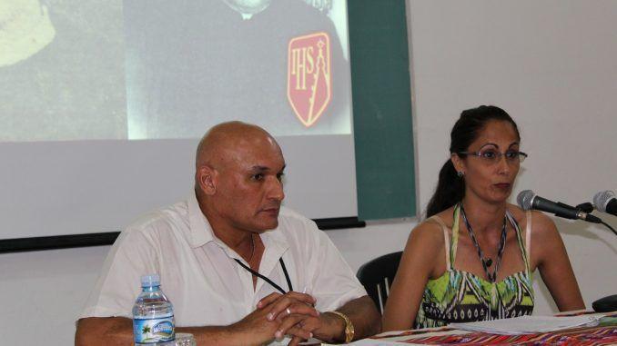 Dra. Yoana Hernández Suárez y el Msc. Lázaro Numa