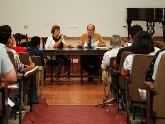 """Seminario """"Cambio de época: retos y desafíos"""""""