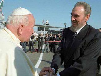 Juan Pablo II a su llegada a La Habana