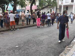 El fenómeno más alarmante de los últimos tiempos, no solo en La Habana, también en el resto de las provincias las colas.