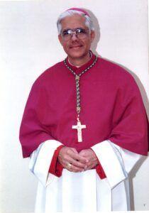 Monseñor Salvador Riveron Cortina