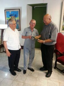 Eusebio Leal - P. Manuel (izq)