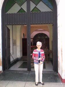 Frente a la iglesia de San Hilarión Abad, en Guanajay.